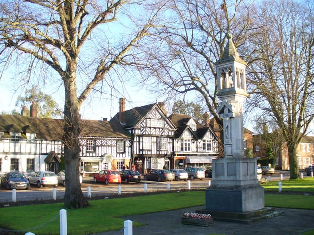 A picture showing War Memorial in Beaconsfield