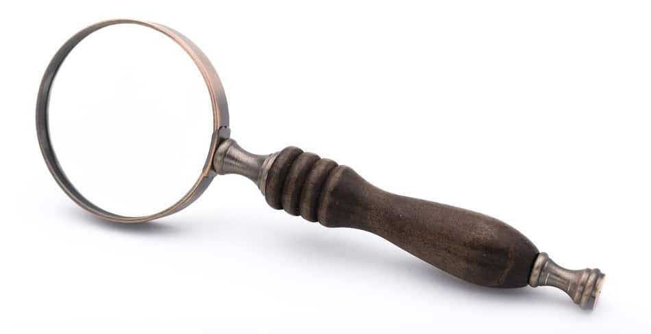 magnifying-glass-vintage