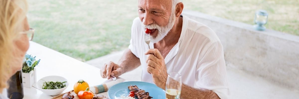 causes of lack of appetite in the elderly man